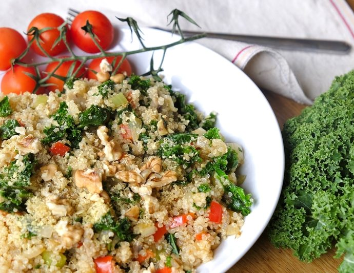 QUINOA WITH KALE AND MUSHROOMS