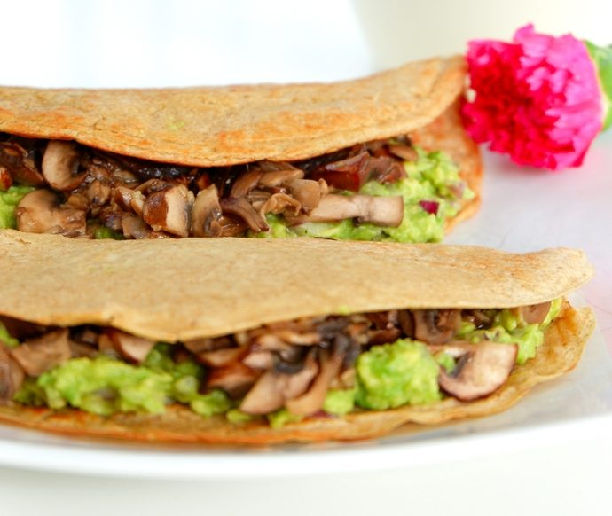 GRAM CREPE WITH AVOCADO AND MUSHROOMS